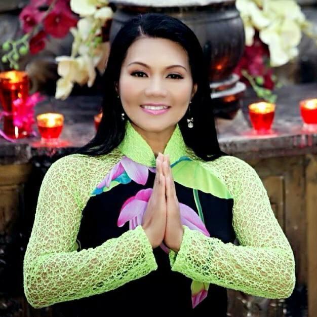 Tieu su BTV Ngoc Trinh - YouTube